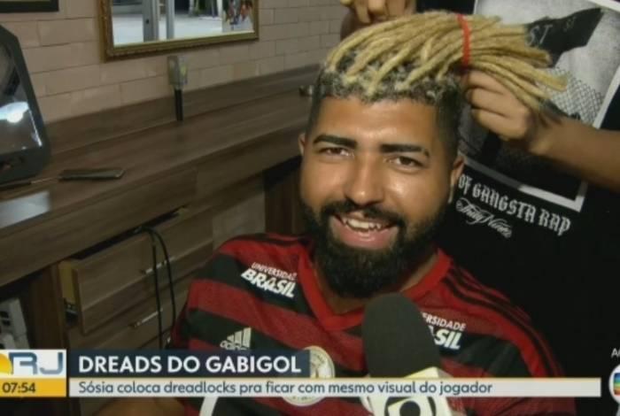 Sósia de Gabigol coloca dreads no cabelo