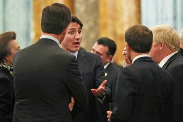 Princesa britânica Anne conversa com o primeiro-ministro canadense Justin Trudeau, primeiro-ministro britânico Boris Johnson e presidente francês Emmanuel Macron