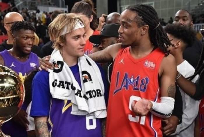 Justin Bieber pediu desculpas por comentários racistas no passado