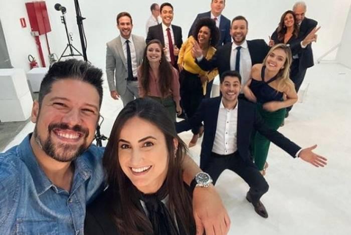 Jornalistas postaram fotos no Instagram com a nova equipe da CNN Brasil