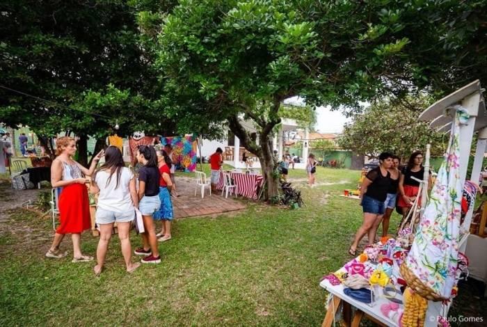 Feira ao ar livre acontece mensalmente em Saquarema