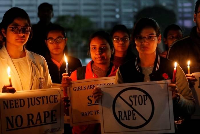 Protestos foram realizados após estupros na índia