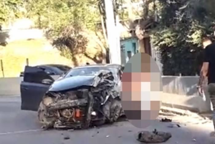 Acidente com carro deixou cinco mortos e três feridos na Linha Amarela, no bairro Encantado