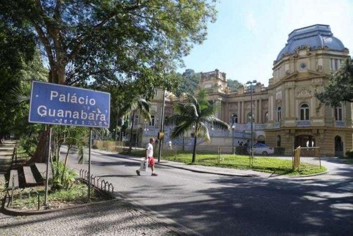Equipe do Palácio Guanabara avalia cenário econômico