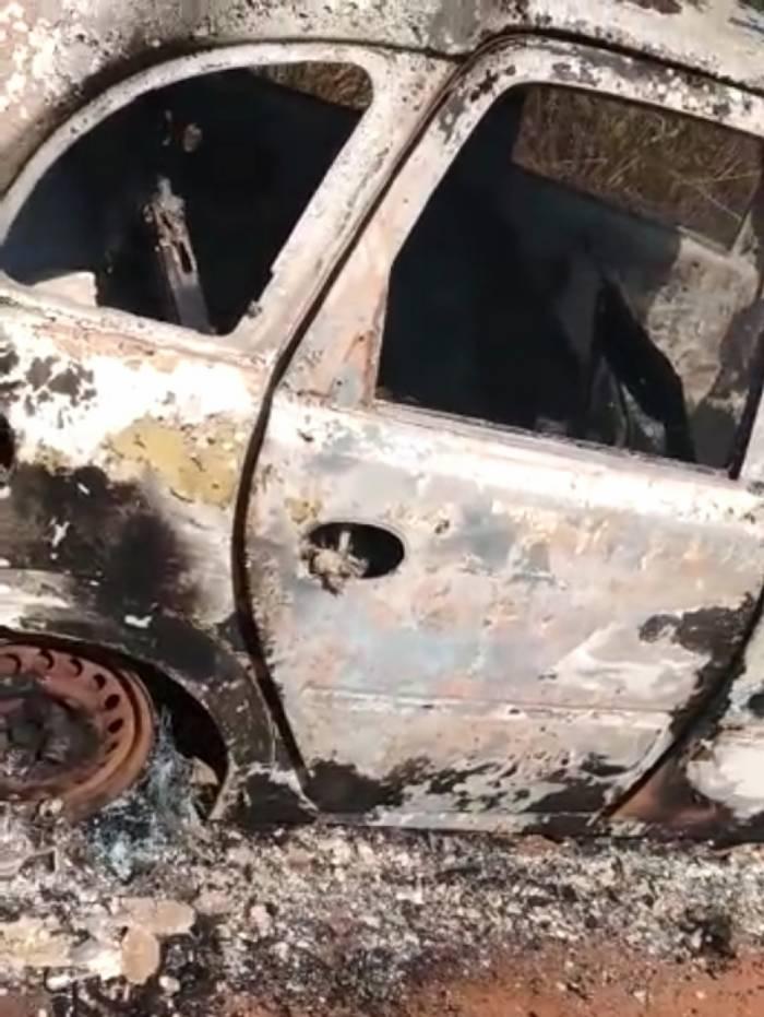 Veículo foi encontrado no fim da tarde deste domingo