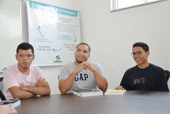 A cada semestre cinco moradores de Três Rios são contemplados com bolsas integrais na Faculdade Suprema