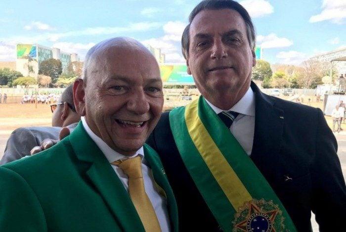 Luciano Hang ao lado do presidente Jair Bolsonaro