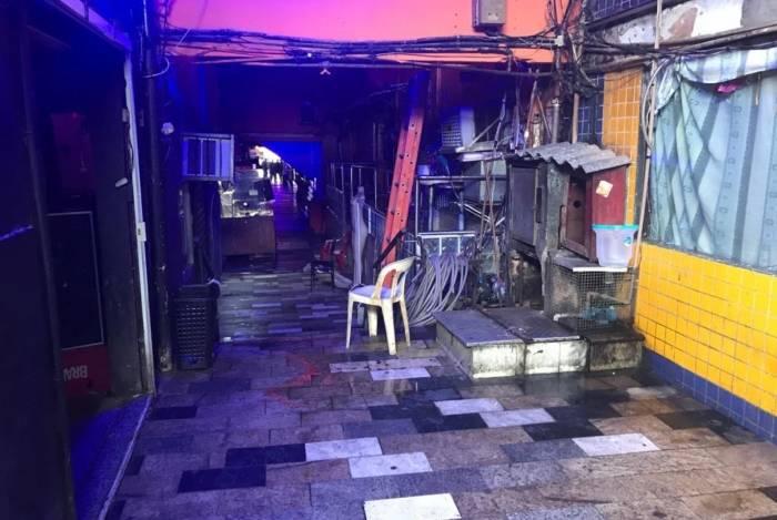 Cerca de 80% das casas e dos bares do local foram interditados