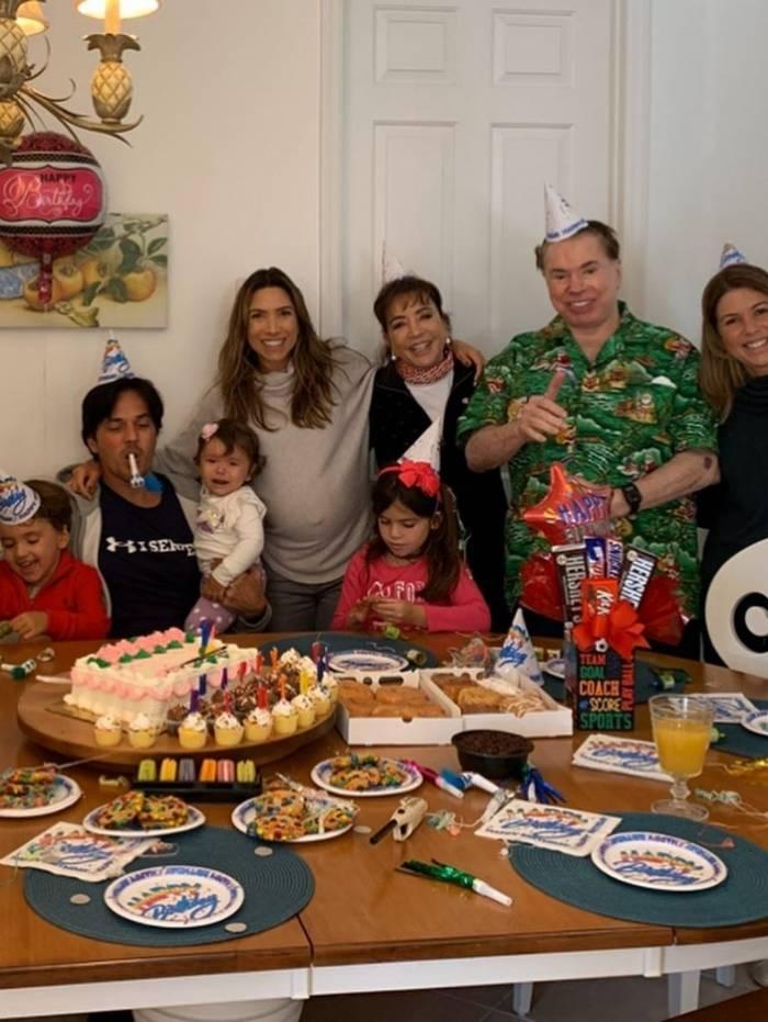 Patrícia Abravanel homenageia o pai, Silvio Santos, por seus 89 anos