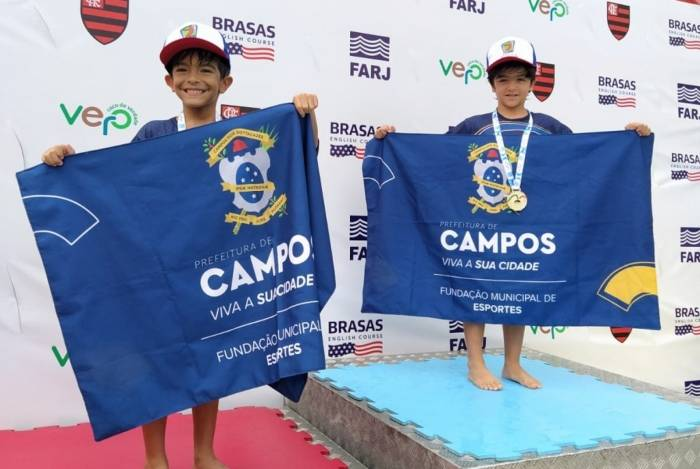 Os pequenos nadadores da Fundação Municipal de Esportes de Campos conquistaram quatro medalhas de ouro em dois dias de competições no Campeonato Estadual da modalidade