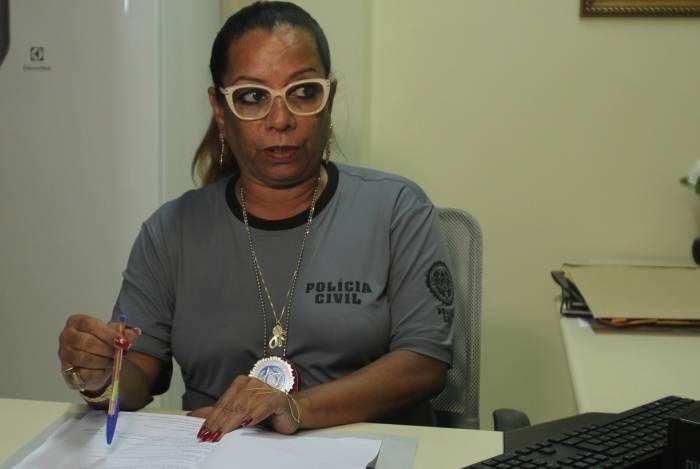 A delegada Adriana Belém