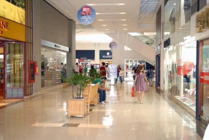 Doze shoppings foram fechados no estado do Rio por conta do coronavírus