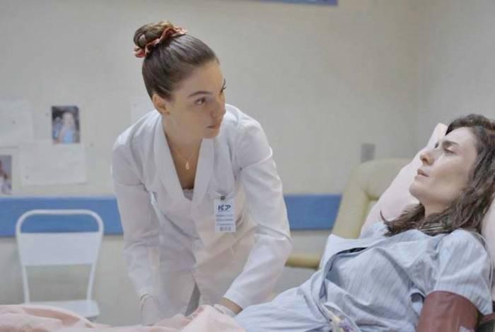 A relação de Betina e Leila não anda nada boa. A enfermeira vai jogar água em cima da esposa de Magno