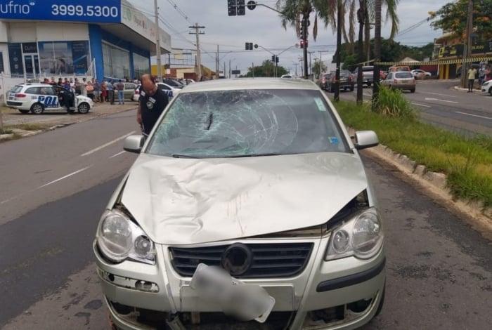 Motorista ficou no local aguardando socorro às vítimas
