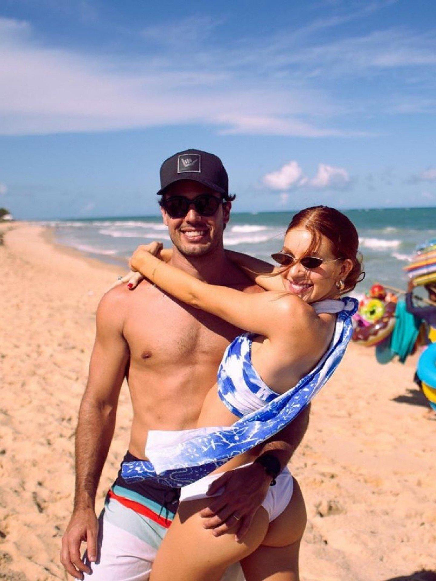 Marina Ruy Barbosa posa com o marido - Reprodução / Instagram
