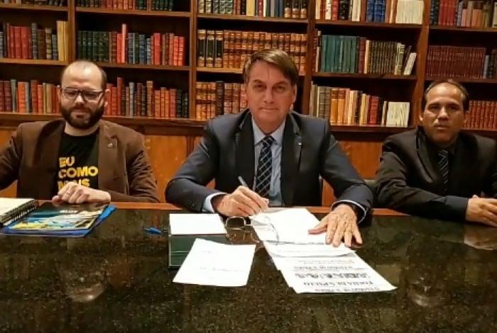 Durante a live semanal, Bolsonaro rebateu as críticas feitas contra a criação desse novo mecanismo