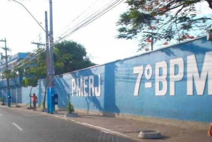 Agentes do 7º BPM (São Gonçalo) foram verificar uma denúncia de confronto entre facções rivais na comunidade