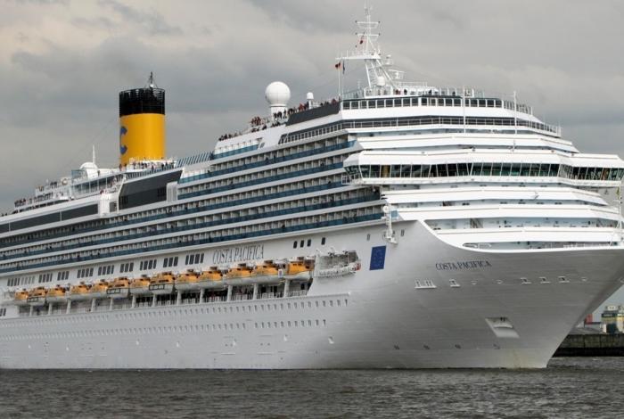 Dois navios pedem ajuda ao Brasil para desembarcar passageiros
