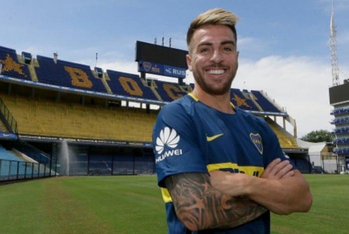 Buffarini pertence ao Boca Juniors
