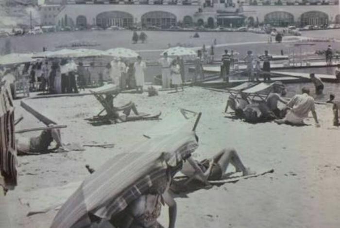 Praia artificial foi construída para os hóspedes do Hotel Quitandinha