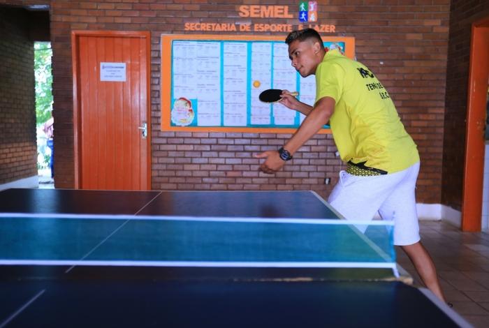 Márcio é destaque no tênis de mesa e quer chegar à seleção brasileira