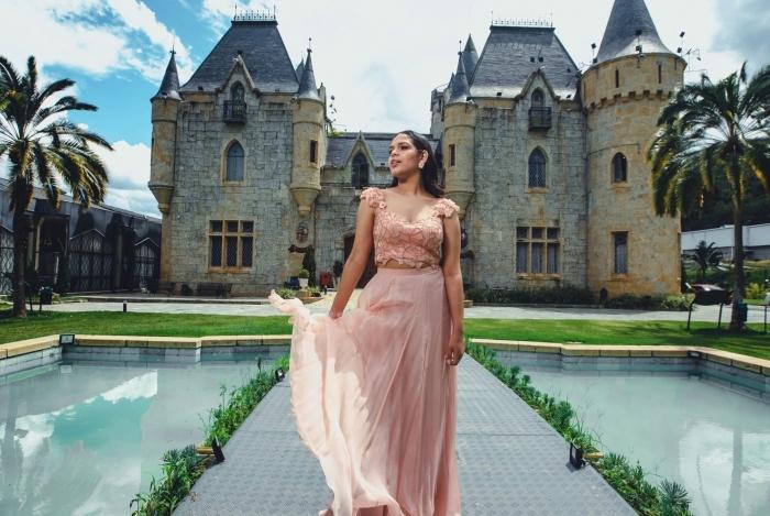 Vittória Ruffatto usou vestido assinado pela estilista Carol Hungria