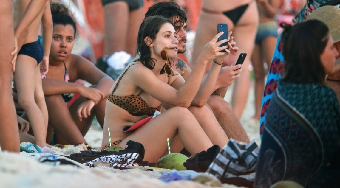 Luisa Arraes na Praia da Barra da Tijuca