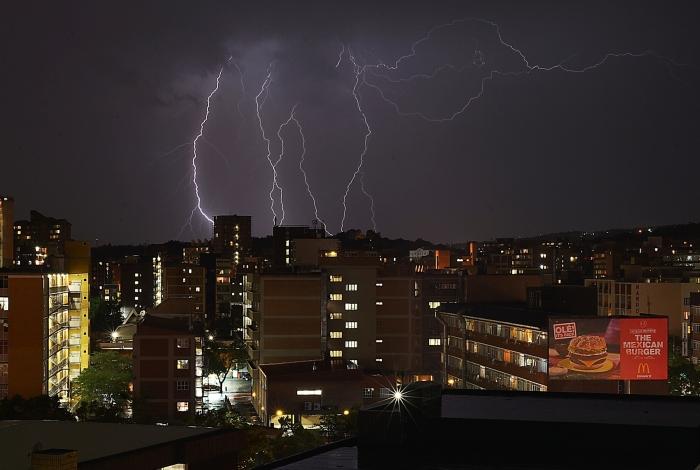 Petrópolis teve grande incidência de raios nos primeiros oito dias do ano