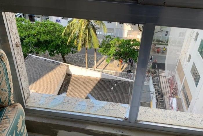 Fotos mostram janela de onde caiu filho de Mendel Bydlowski