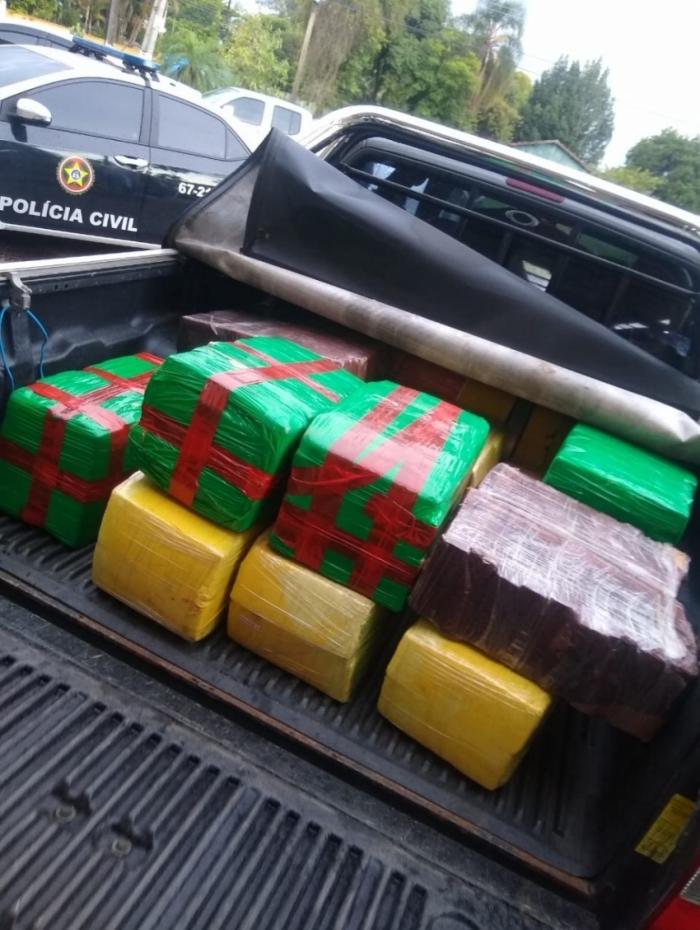 Ação terminou com a apreensão de mais de 430 quilos de maconha