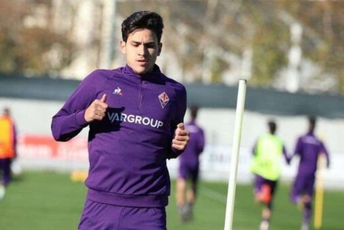 Pedro atuou pouco com a camisa da Fiorentina