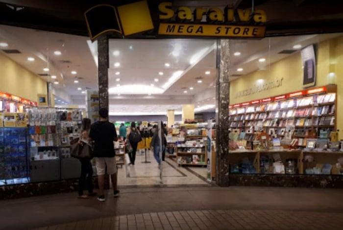 Livraria Saraiva anuncia fechamento de lojas