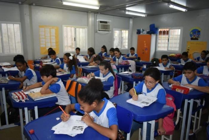 Transferência interna deve ser solicitada online por intermédio do Portal da Educação