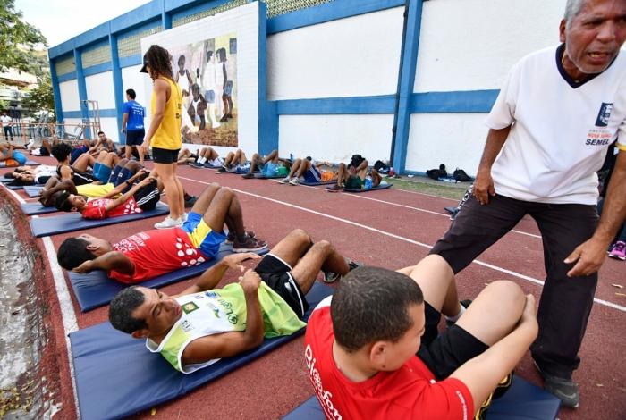 A Secretaria Municipal de Esporte e Lazer de Nova Iguaçu está com inscrições abertas para a seleção de 15 professores voluntários, além de cadastro de reserva, para a área da Educação Física