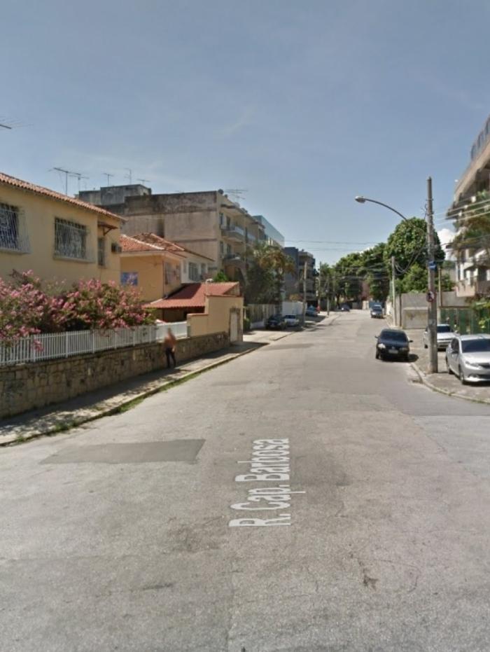 O crime teria acontecido na Rua Capitão Barbosa, no bairro Cocotá