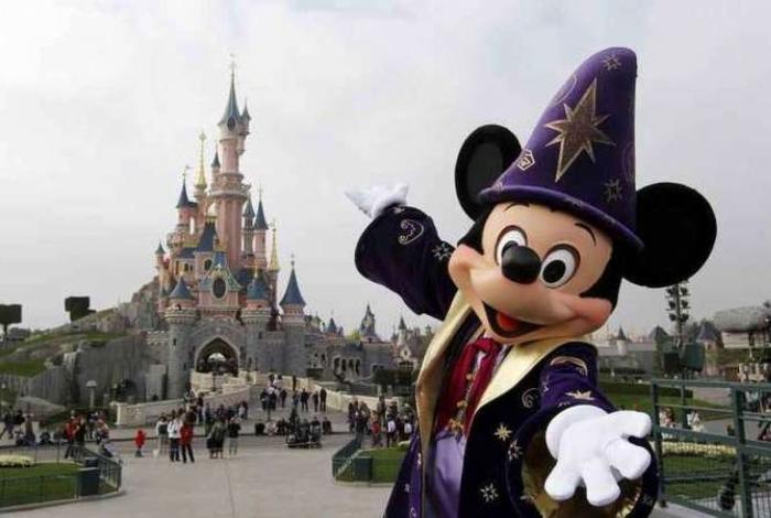 Família morava em Celebration, um subúrbio rico da Flórida idealizado pela Disney