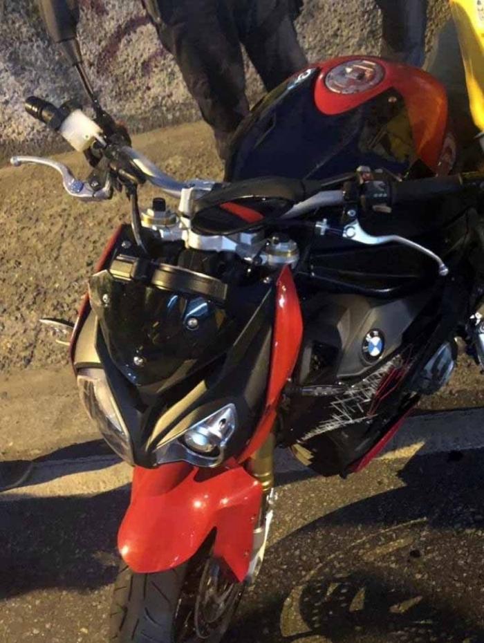 A moto do PM não foi levada pelos bandidos