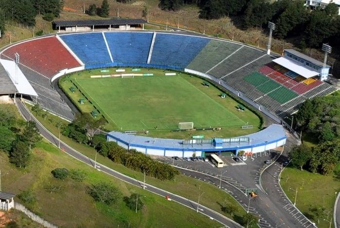 Estádio Radialista Mário Heleno, em Juiz de Fora, pode receber Botafogo x Vasco