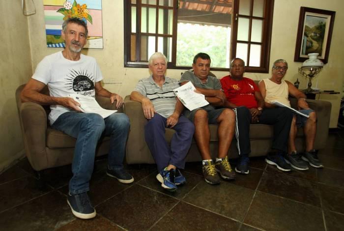 Eduardo Moreira (de branco), Edson Moura, Francisco Ximenes, Evaristo Alves e Sérgio Ferreira: acusados de formarem perigosa quadrilha