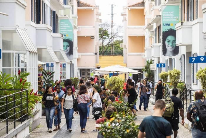 Campus da UVA na Tijuca: além do desconto na graduação, bolsas capacitam os alunos para o mercado