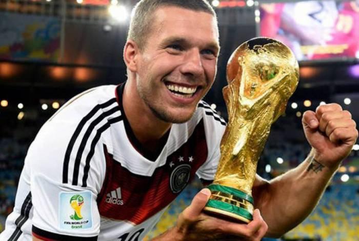 Ventilado pelo Flamengo, Lukas Podolski acerta com clube turco