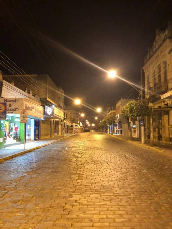 Miracema deserta à noite: ultimamente a população já não sente tanta segurança pelas ruas