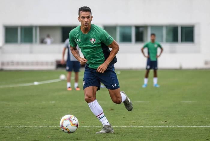 Henrique está de saída do Fluminense