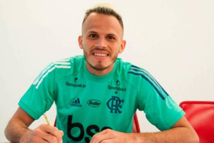 Renê renovou com o Flamengo até o fim de 2022