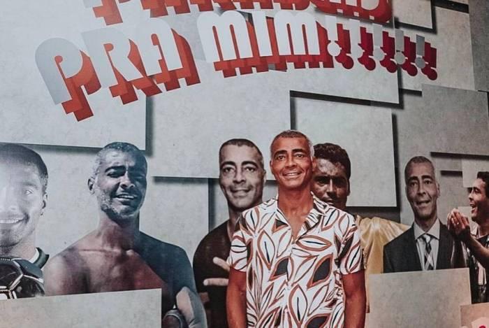 Romário faz festa para comemorar seus 54 anos