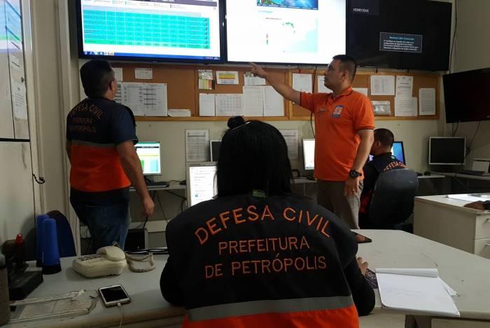 Todo o contingente de 52 agentes estão de prontidão 24 horas para atender aos possíveis chamados dos moradores