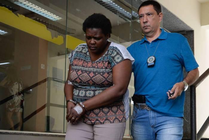 Resultado de imagem para Casal é preso após cortar testículos de vítima com facão enferrujado
