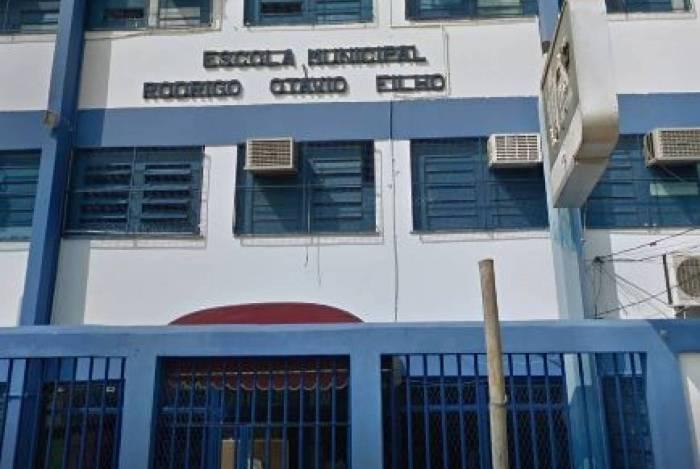 Escolas estaduais do Rio não compram água para volta às aulas