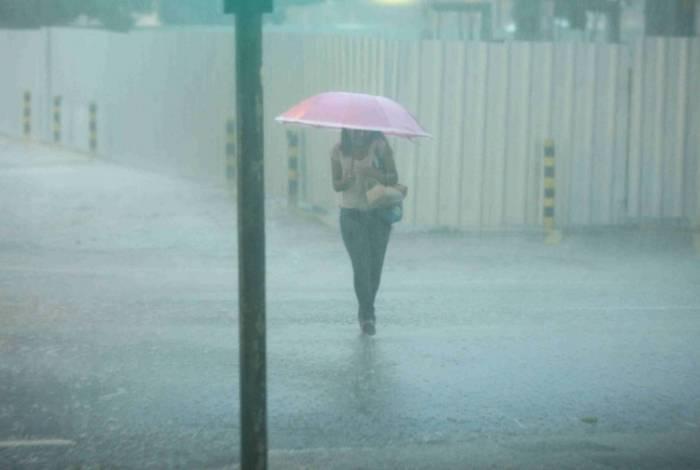 Chuva atinge cidade nesta quarta-feira