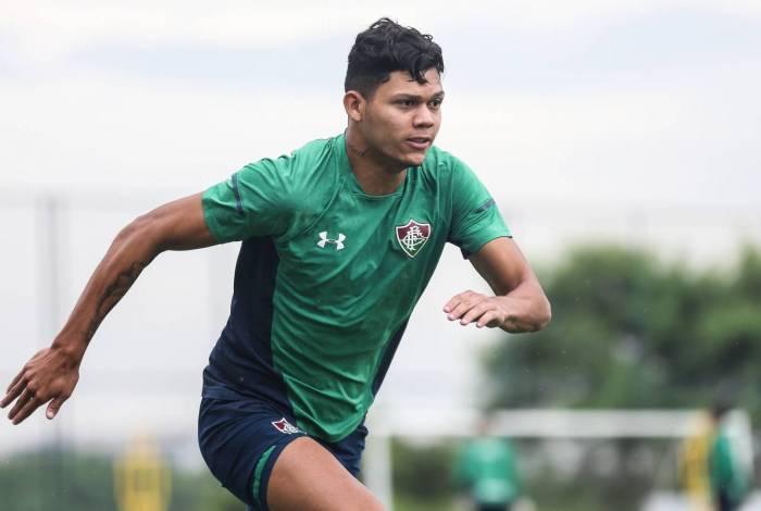 Evanilson já tem dez gols, marcados em seus primeiros seis jogos como profissional no Tricolor